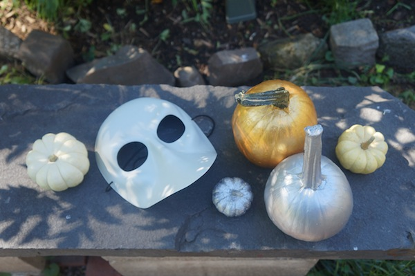 Diy metallic pumpkins for halloween aspiring socialite - Making a pumpkin keg a seasonal diy project ...