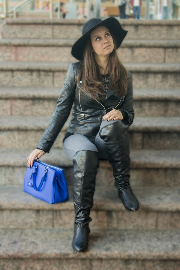 leather jacket fashion blogger